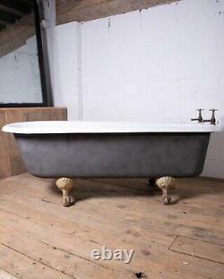 Antique Early 20th Century Restored Clawfoot Cast Iron Bathtub George Jennings